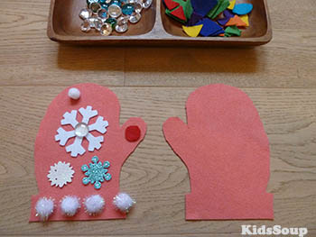 Handschuhe verziehren Feinmotorik-Idee für Kindergarten